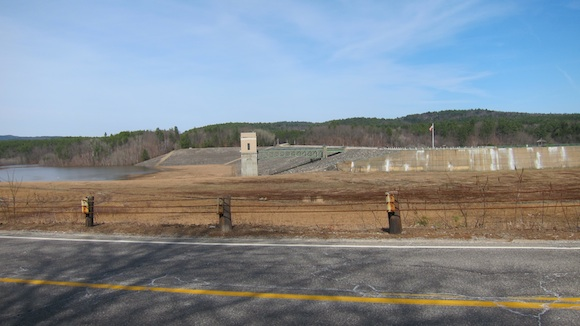 Here's the north side of the Franklin Falls Dam on the Pemigewasset River. You can see the floodwaters starting to back up behind the dam. Photo credit: Tim Carter - W3ATB