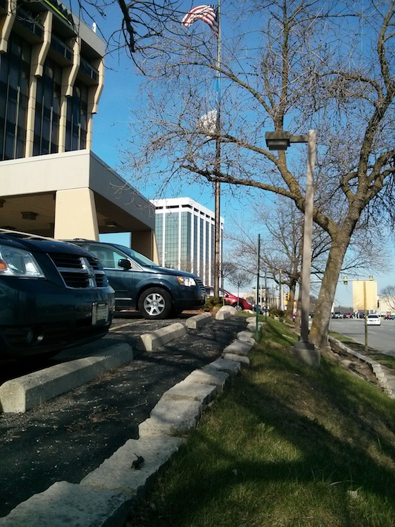 Here's the front of the hotel and the tree just ahead supported my miserable sloper antenna.