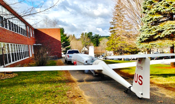Here's a one-person glider that costs about $30,000. Photo credit: Glen Aldrich - KC1AAI